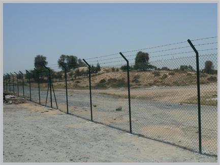commercial fencing , industrial fencing in Dubai , UAE